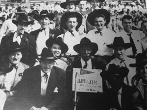 """Blind Jim"" with UM students in the 1940s."
